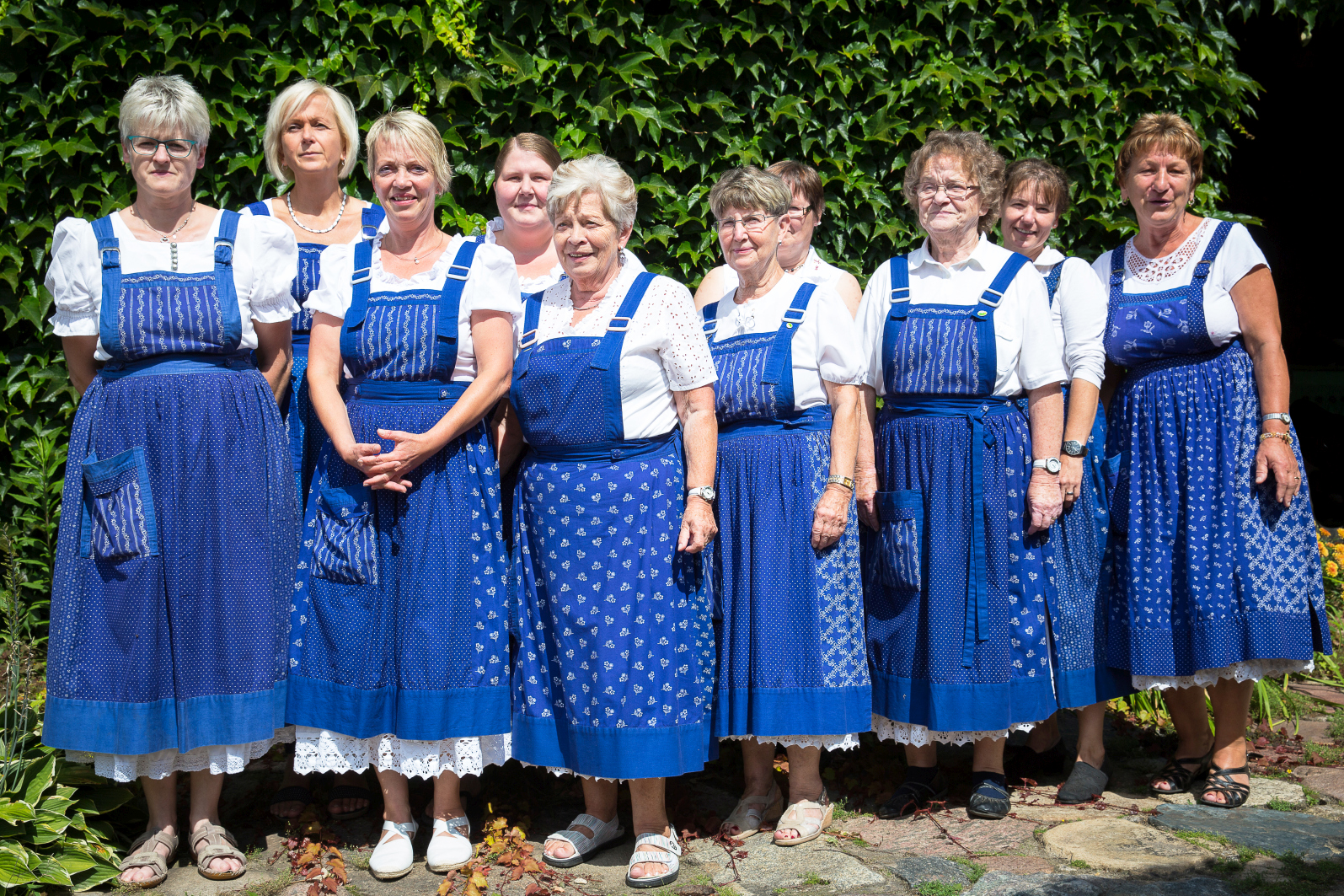 Proschimer Landfrauen in ihrer Blaudruck-Tracht